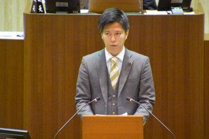 議会における尾島紘平